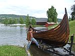 Sjøsetting av vikingskipet Mjøsen Lange
